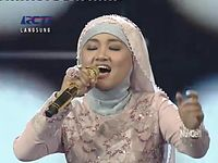 FATIN & NOVITA DEWI - DON'T STOP BELIEVING - X Factor Indonesia - 17 MEI 2013 HDTV - YouTube.flv